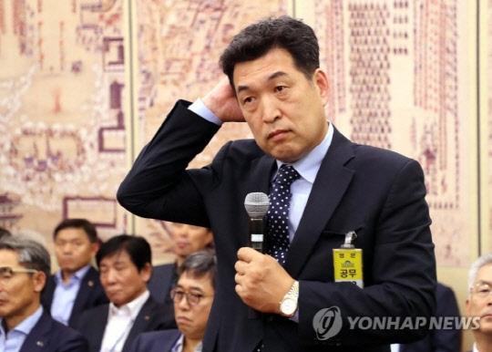 한국체대, 전명규 교수 연구년 취소...추가 징계도 검토
